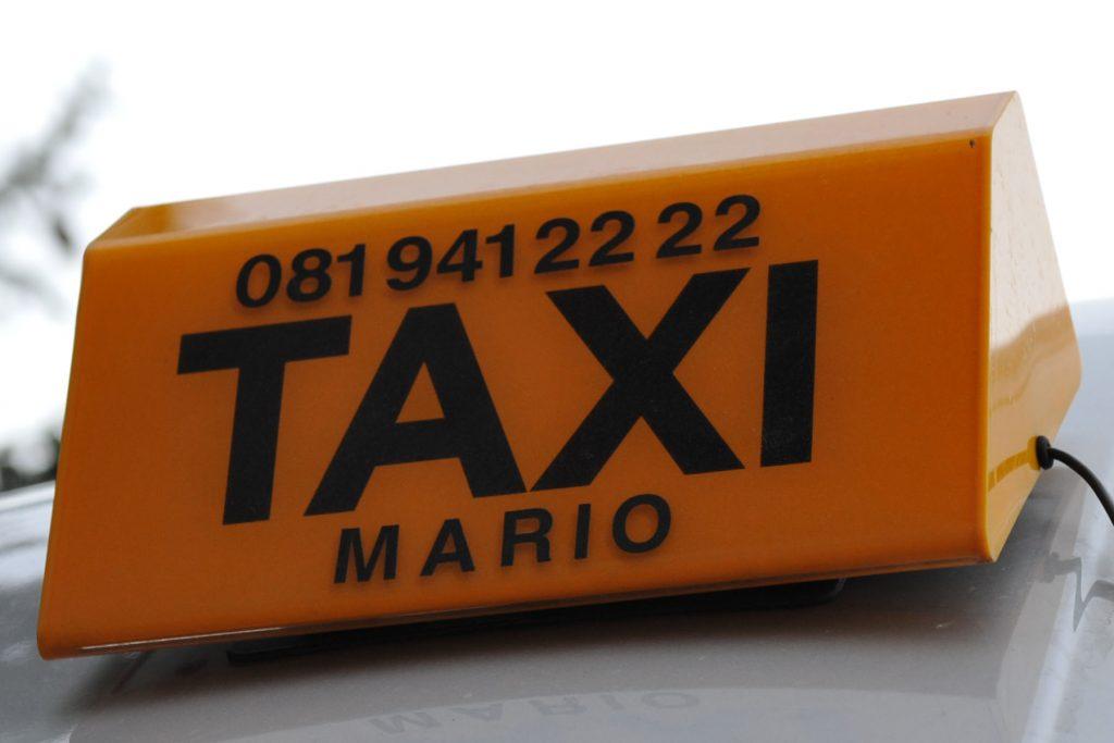 Bild einer Taxilampe